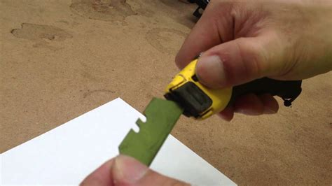 how to change blade on Stanley Fatmax 10-778 knife - YouTube