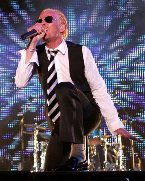Scott Weiland, a Symbolic Voice of the Shifting '90s Rock