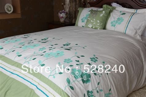 new design embroidery and applique dubai bed sheet set-in