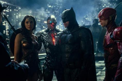 Movie review: The good and bad of Justice League, Latest