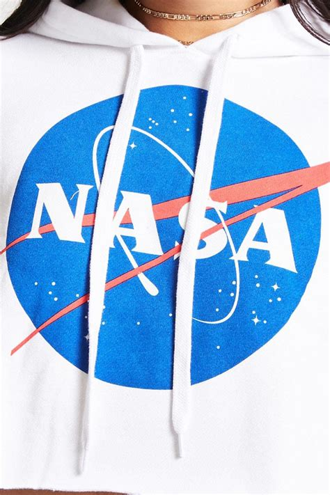 Forever 21 Nasa Logo Cropped Hoodie in White - Lyst