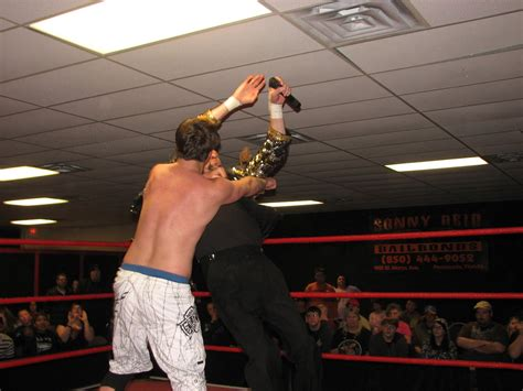 Wrestling News Center: Results from the March 6th SOLD-OUT