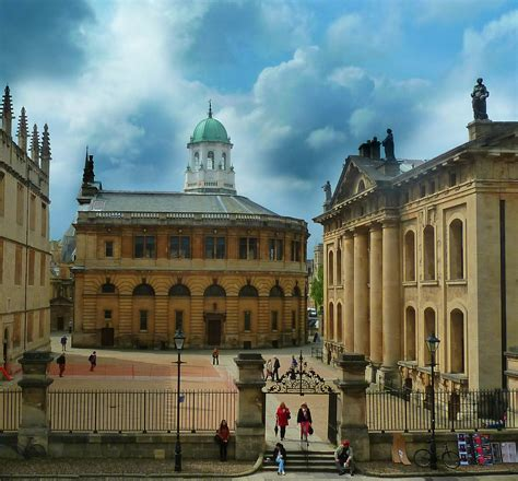 Oxford - Town in England - Thousand Wonders