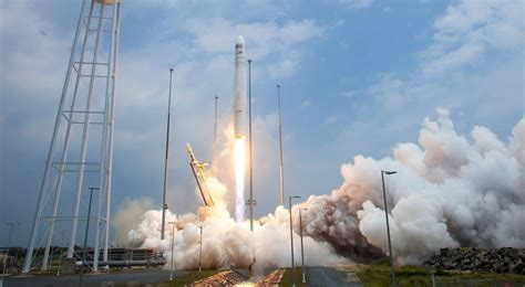 Antares launches with OA-8 Cygnus en route to the ISS