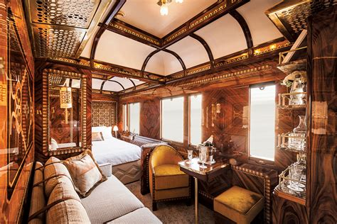 Inside the Opulent New Suites of the Storied Orient