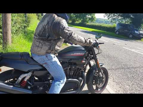 2010 Harley-Davidson XR1200X pictures, specifications